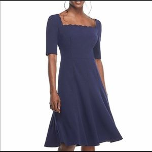 NWT Gal Meets Glam Maria scallop crepe dress, 2